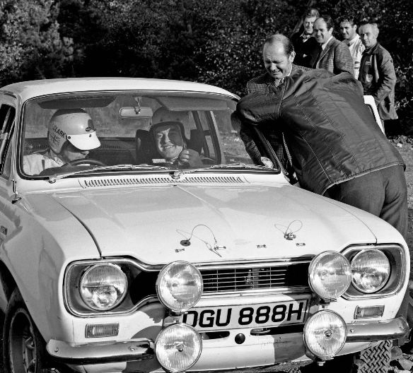 197194044_Group_2_Escort_Rally_R_Clark__H_Liddon_Bagshot